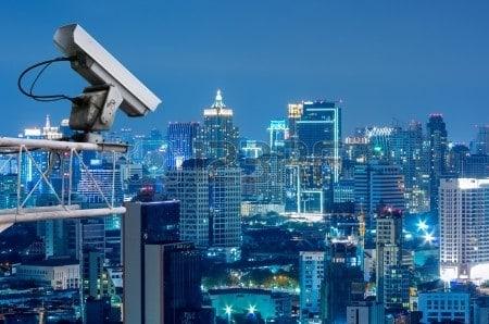 התקנת מצלמות אבטחה בבניין משותף