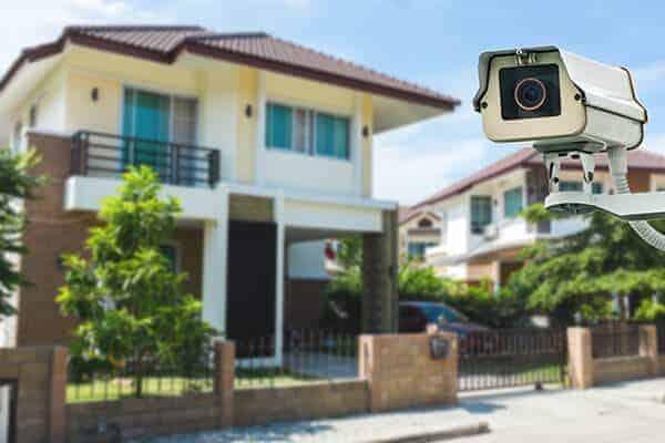 מצלמות אבטחה לגינה לחצר וחניה